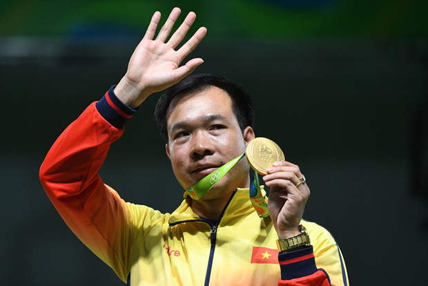 Hoàng Xuân Vinh được Chủ tịch nước tặng Huân chương Lao động hạng Nhất - Ảnh 2.