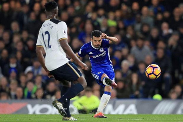Pedro, khoảnh khắc thiên tài xoay chuyển derby London - Ảnh 4.