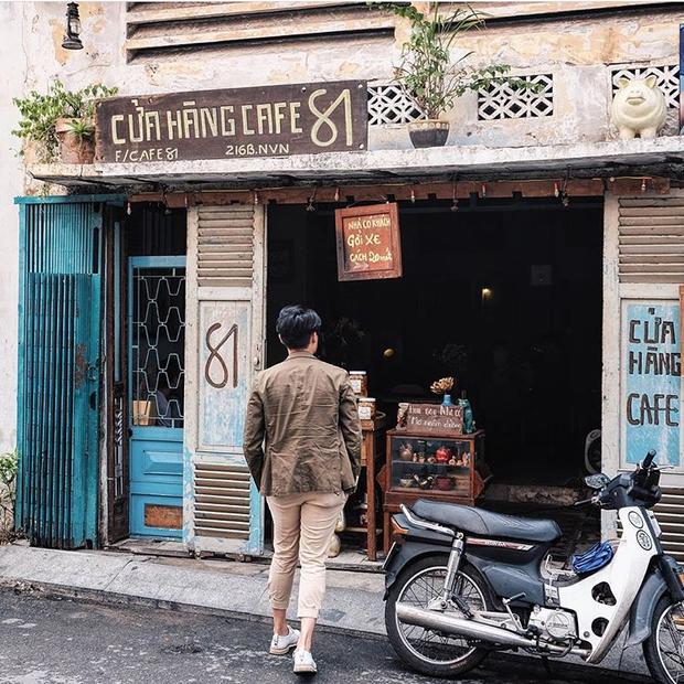 Trung Thu, đi ngay những quán cà phê retro ở Sài Gòn cho hợp không khí hoài cổ nào - Ảnh 1.