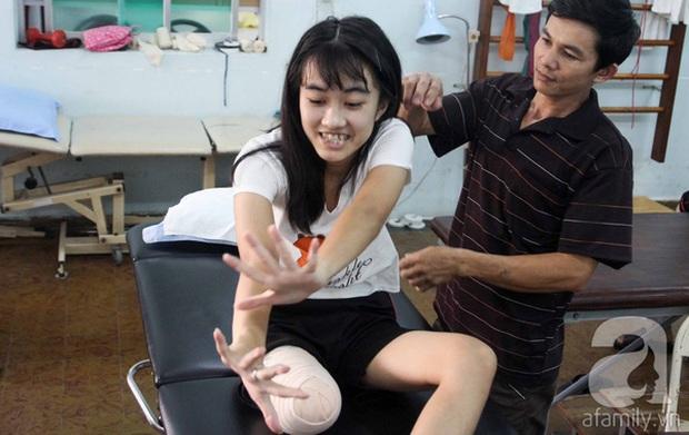 Gia đình nữ sinh bị cưa chân nói gì sau kết luận đúng quy trình của sở Y tế Đắk Lắk? - Ảnh 3.