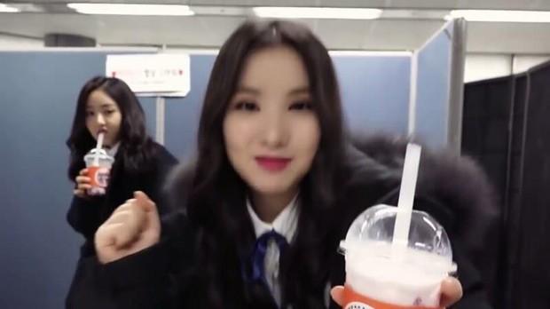 Bản sao Jessica nhóm G-Friend bị tố có thái độ lồi lõm với thành viên trong nhóm - Ảnh 4.