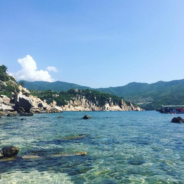 Tất tật những điều cần biết để khám phá Vĩnh Hy - 1 trong 4 vịnh đẹp nhất Việt Nam - Ảnh 6.