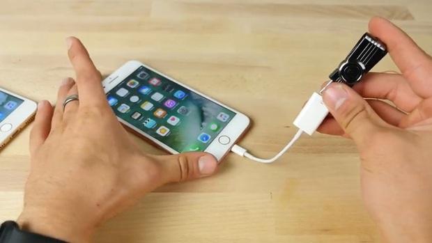 Thử nghiệm với USB sát thủ: iPhone 7 Plus và Samsung Galaxy Note7 – cái nào sẽ nổ trước? - Ảnh 6.