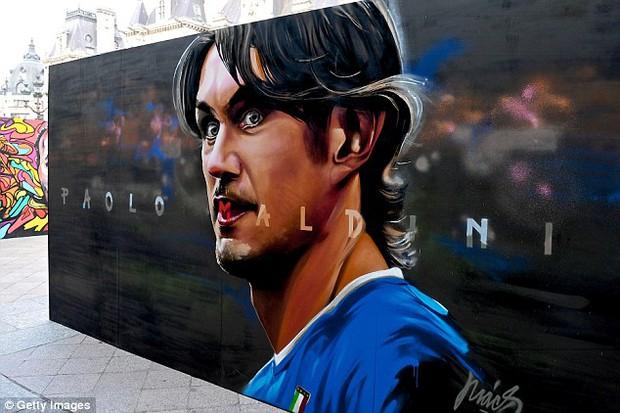 11 cầu thủ vĩ đại nhất lịch sử Euro qua nét vẽ nghệ thuật graffiti - Ảnh 5.