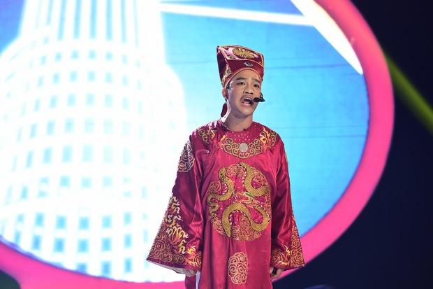 GMTQ: Hoài Linh bất ngờ khi Hòa Minzy hát cải lương quá hay - Ảnh 7.