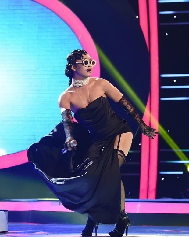 GMTQ: Hoài Linh bất ngờ khi Hòa Minzy hát cải lương quá hay - Ảnh 11.