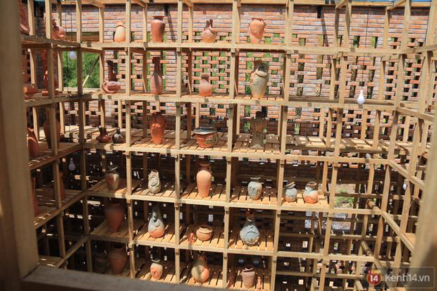 Chùm ảnh: Cận cảnh ngôi nhà 3 tầng bằng đất nung của nghệ nhân gốm Việt được lên báo Mỹ - Ảnh 16.