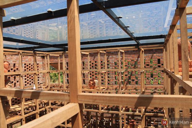 Chùm ảnh: Cận cảnh ngôi nhà 3 tầng bằng đất nung của nghệ nhân gốm Việt được lên báo Mỹ - Ảnh 10.
