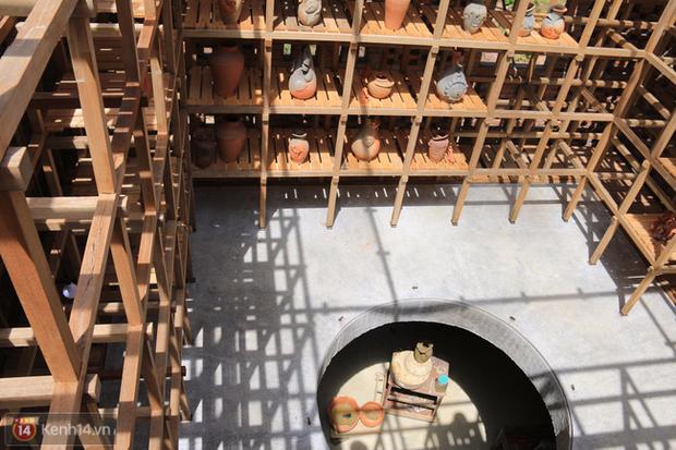 Chùm ảnh: Cận cảnh ngôi nhà 3 tầng bằng đất nung của nghệ nhân gốm Việt được lên báo Mỹ - Ảnh 5.