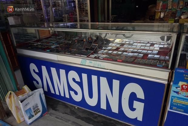 Nam thanh niên bị công an xã bắn vào chân vì đập phá tiệm điện thoại ở Quảng Nam - Ảnh 2.