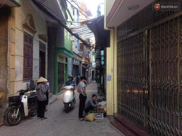 Hà Nội: 3 kẻ lạ dùng súng AK bắn chết tiếp tân nhà nghỉ giữa đêm - Ảnh 1.