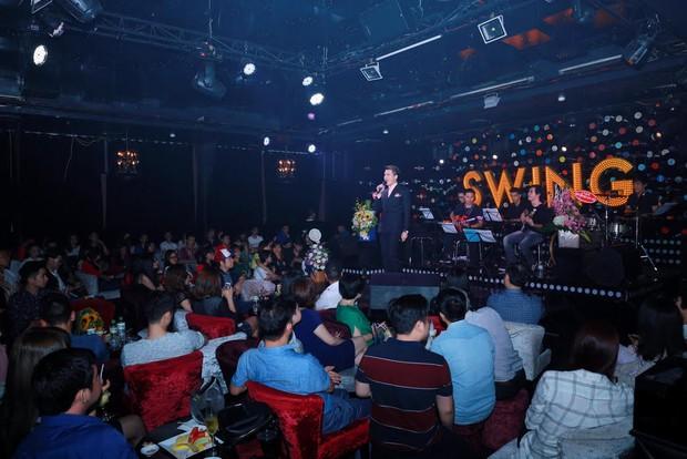 Uyên Linh, Lê Hiếu đến mừng đêm nhạc sinh nhật Quốc Thiên - Ảnh 16.
