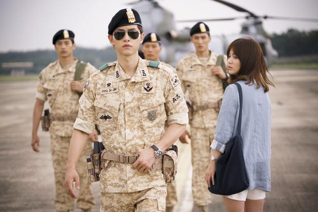 Mấu chốt phong cách giúp Song Joong Ki lột xác thành chàng quân nhân hớp hồn fan nữ - Ảnh 22.