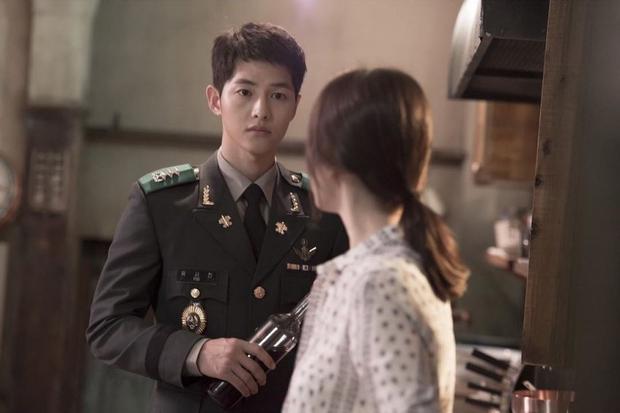 Mấu chốt phong cách giúp Song Joong Ki lột xác thành chàng quân nhân hớp hồn fan nữ - Ảnh 19.