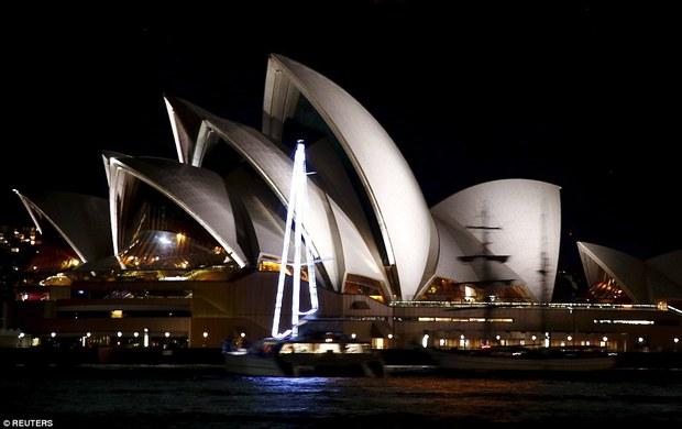 Các công trình nổi tiếng thế giới tắt đèn hưởng ứng Giờ Trái Đất 2016 - Ảnh 2.