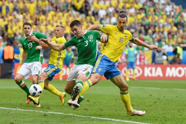 Ibrahimovic giúp Thụy Điển thoát thua trước Ireland - Ảnh 3.