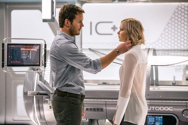 Tình tứ trong Passengers, nhưng Chris Pratt - Jennifer Lawrence ngoài đời lại troll nhau thật bá đạo! - Ảnh 13.