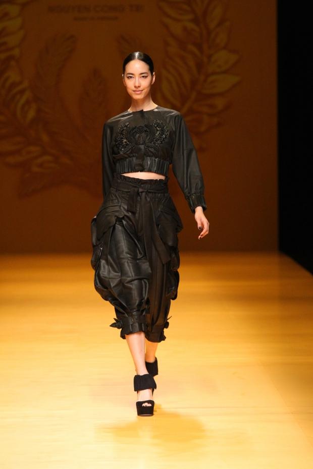 NTK Công Trí mang hồn lúa Việt đến Tokyo Fashion Week - Ảnh 16.
