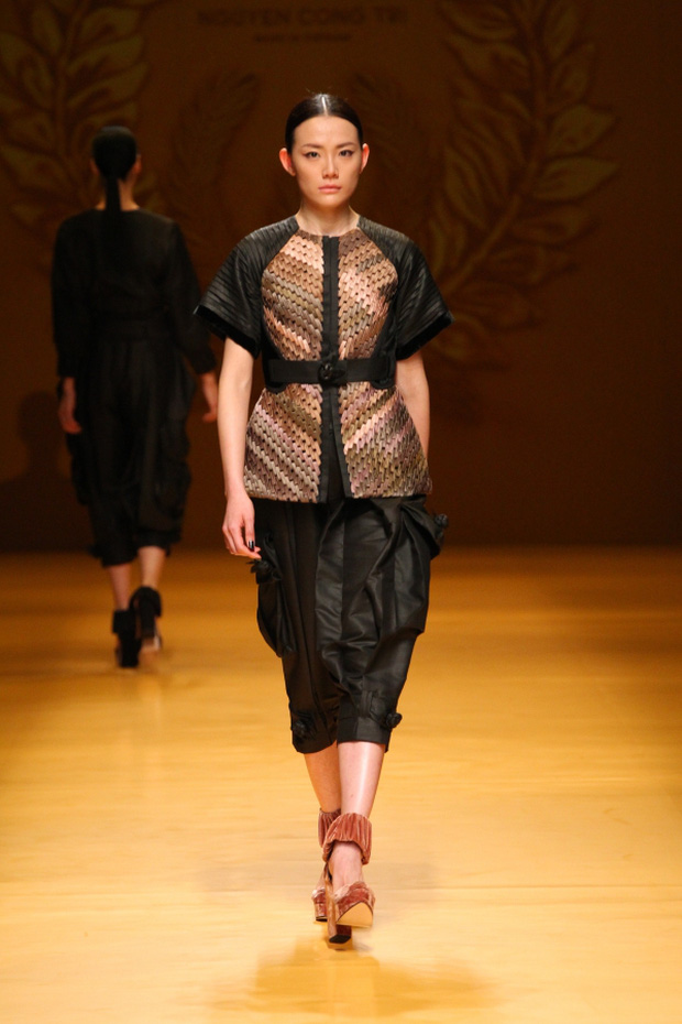 NTK Công Trí mang hồn lúa Việt đến Tokyo Fashion Week - Ảnh 18.