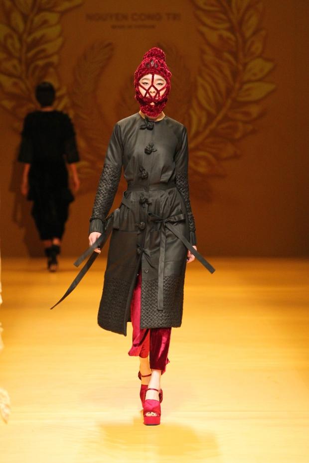 NTK Công Trí mang hồn lúa Việt đến Tokyo Fashion Week - Ảnh 21.