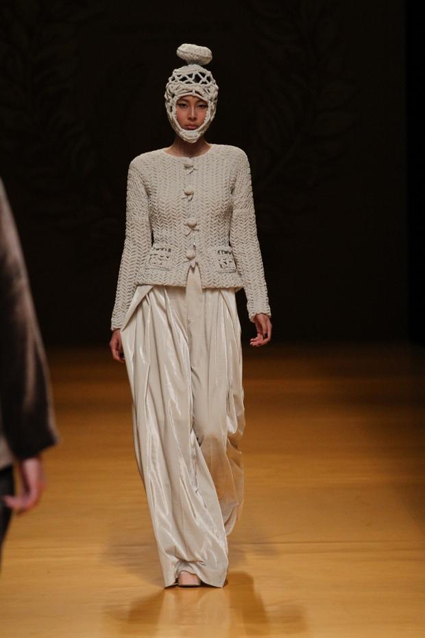 NTK Công Trí mang hồn lúa Việt đến Tokyo Fashion Week - Ảnh 25.