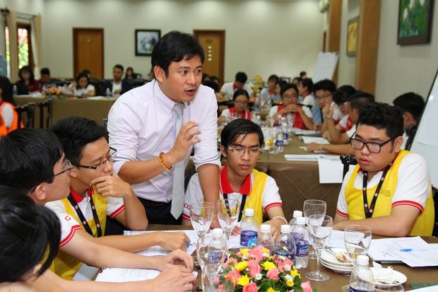 Đây là cơ hội để sinh viên khám phá khả năng lãnh đạo tiềm ẩn của mình - Ảnh 6.