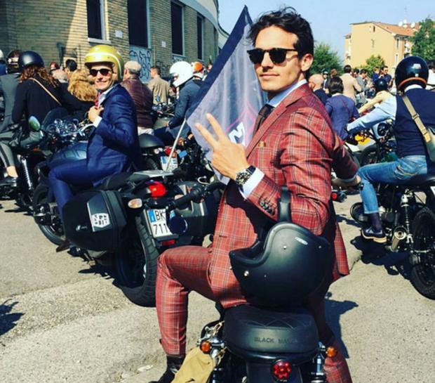 Mặc suit đi motor: Một phong cách vừa ngầu lại vừa lịch của các chàng - Ảnh 9.