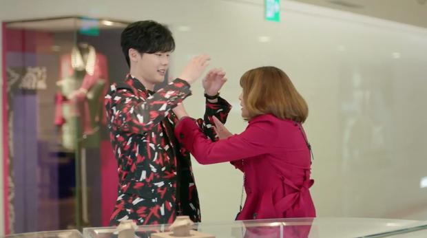 7 First Kisses: Lee Jong Suk bị cô gái may mắn nhất xứ Hàn cấm hôn! - Ảnh 6.