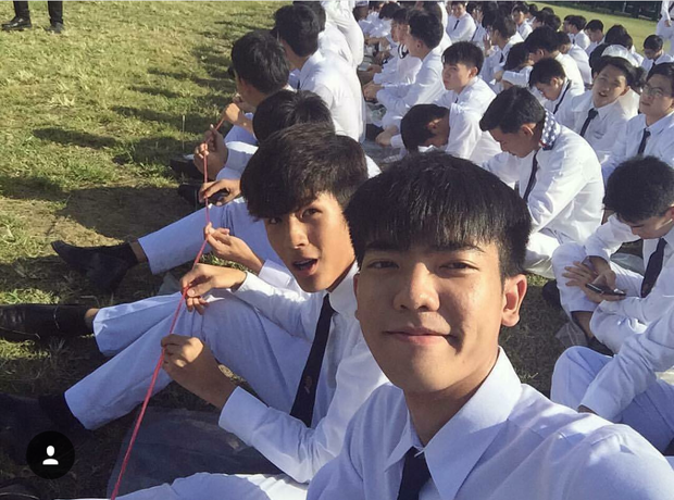 Ước một lần được lạc vào ngôi trường đi đâu cũng chỉ thấy trai đẹp này ở Thái Lan... - Ảnh 6.