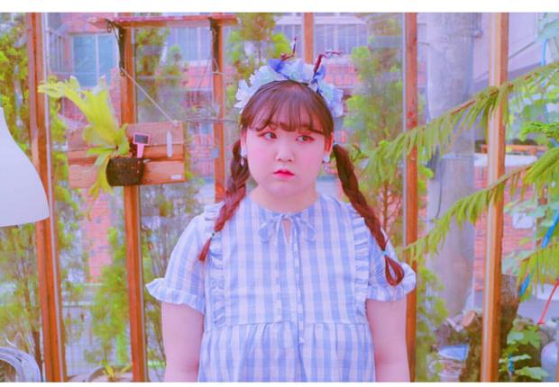 Không thể cưỡng lại vẻ đáng yêu của nàng béo mê màu hồng đến từ Hàn Quốc này - Ảnh 24.