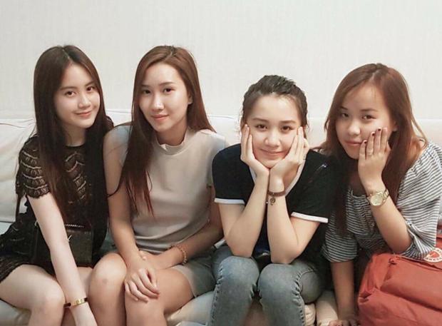 Hot girl Lào gốc Việt Chi Chi và chị em gái khoe ảnh tung tăng ở Hà Nội - Ảnh 10.
