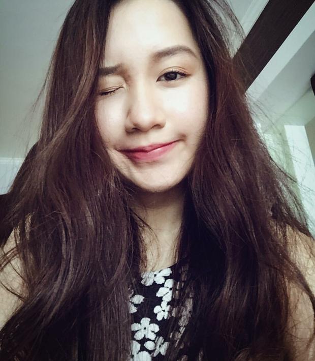 Hot girl Lào gốc Việt Chi Chi và chị em gái khoe ảnh tung tăng ở Hà Nội - Ảnh 9.