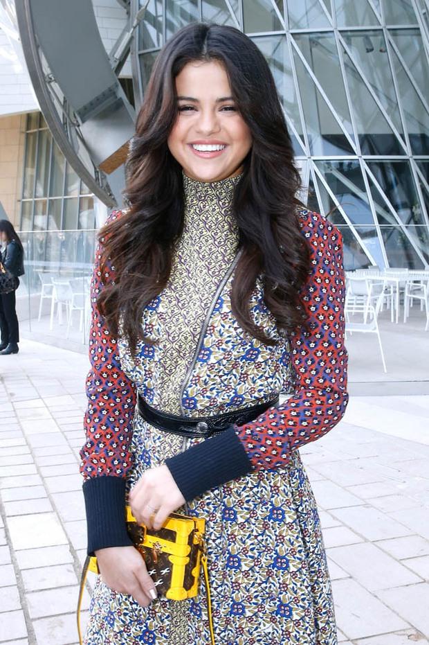 Sau tất cả, Selena Gomez cũng đã trở thành gương mặt của Louis Vuitton - Ảnh 6.