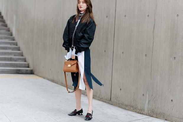Mới qua 2 ngày Seoul Fashion Week, Kelbin đã lọt Top street style đẹp nhất của Vogue - Ảnh 30.