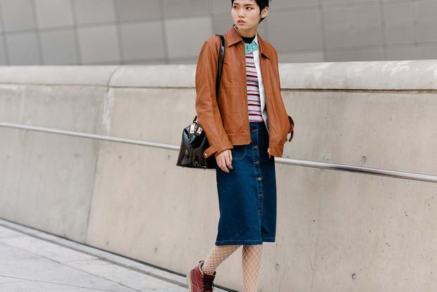 Mới qua 2 ngày Seoul Fashion Week, Kelbin đã lọt Top street style đẹp nhất của Vogue - Ảnh 31.