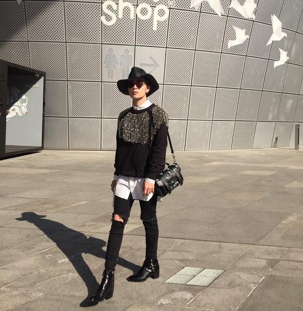Mới qua 2 ngày Seoul Fashion Week, Kelbin đã lọt Top street style đẹp nhất của Vogue - Ảnh 7.
