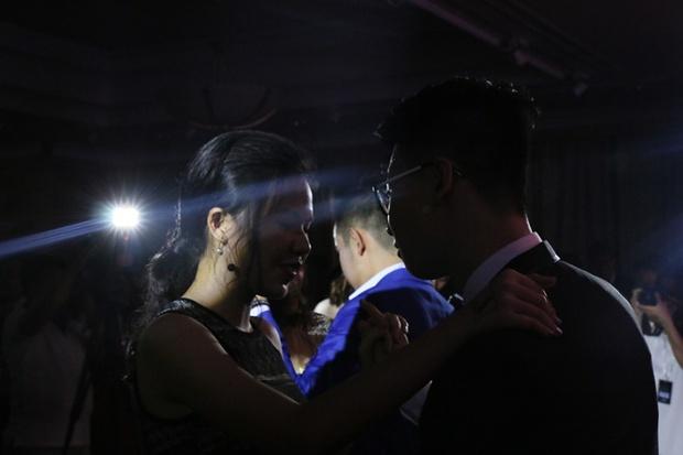 Teen THPT Lê Quý Đôn (TP.HCM) quẩy cực sung trong prom độc lập đầu tiên của trường - Ảnh 25.