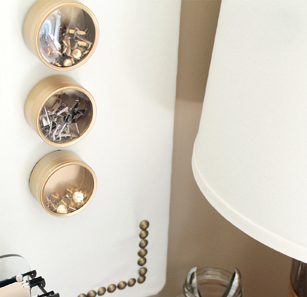 Cách sắp xếp đồ đạc theo chiều dọc khiến phòng bừa mấy cũng gọn - Ảnh 11.