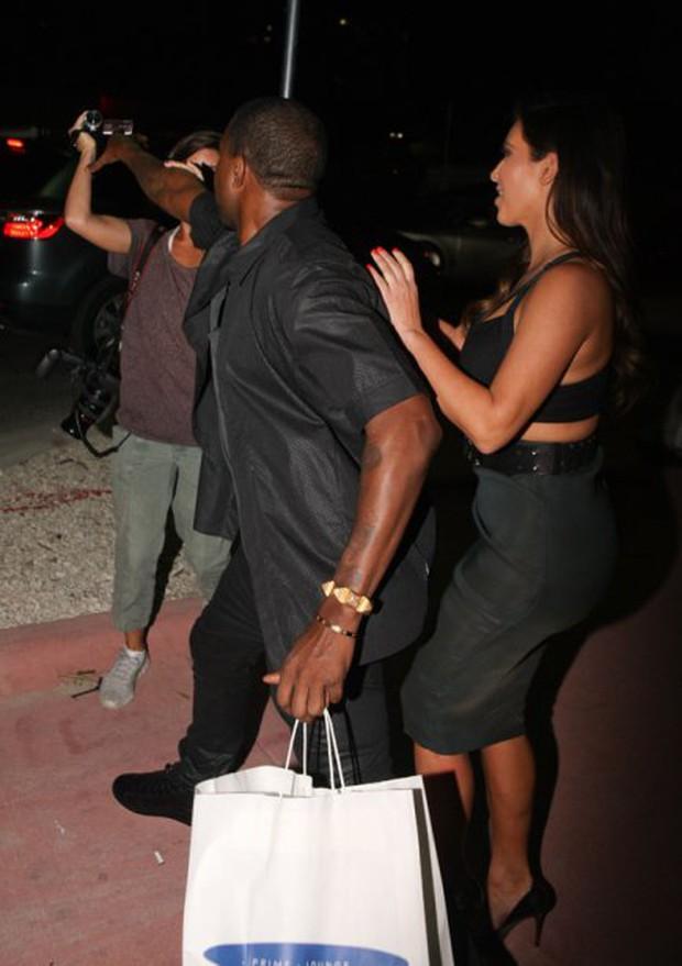 Tài năng, giàu có và yêu vợ hơn tất cả - Kanye West mới là soái ca đích thực của showbiz - Ảnh 9.