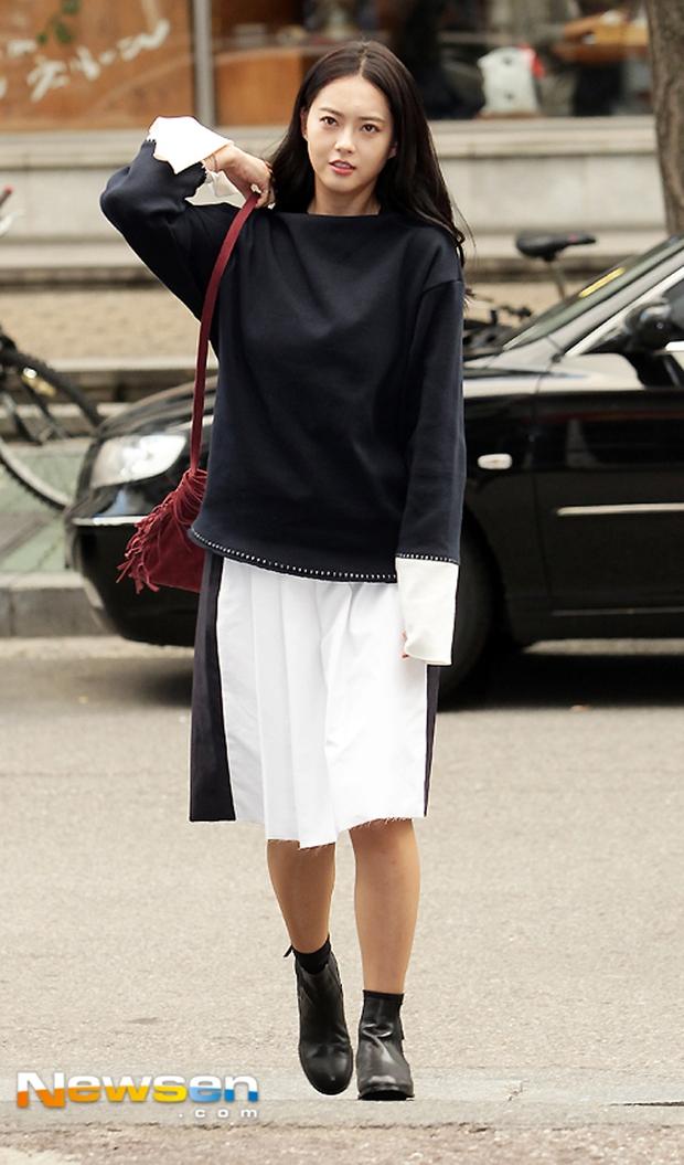 Về khoản ăn mặc đơn sơ, Mai Ngô & Hoa hậu Thu Thảo chẳng ai sánh bằng! - Ảnh 16.