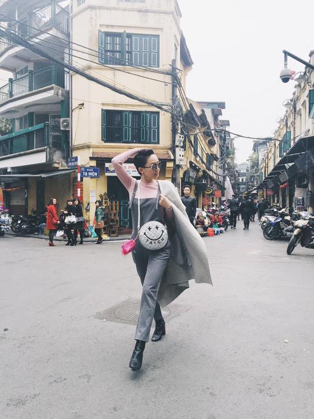 Hà Hồ đi giày 20 triệu, Phạm Hương mặc giản dị khoe body siêu sexy - Ảnh 5.