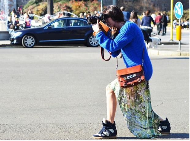 Câu hỏi khó: Các nhiếp ảnh gia chuyên chụp street style kiếm được bao nhiêu tiền? - Ảnh 4.