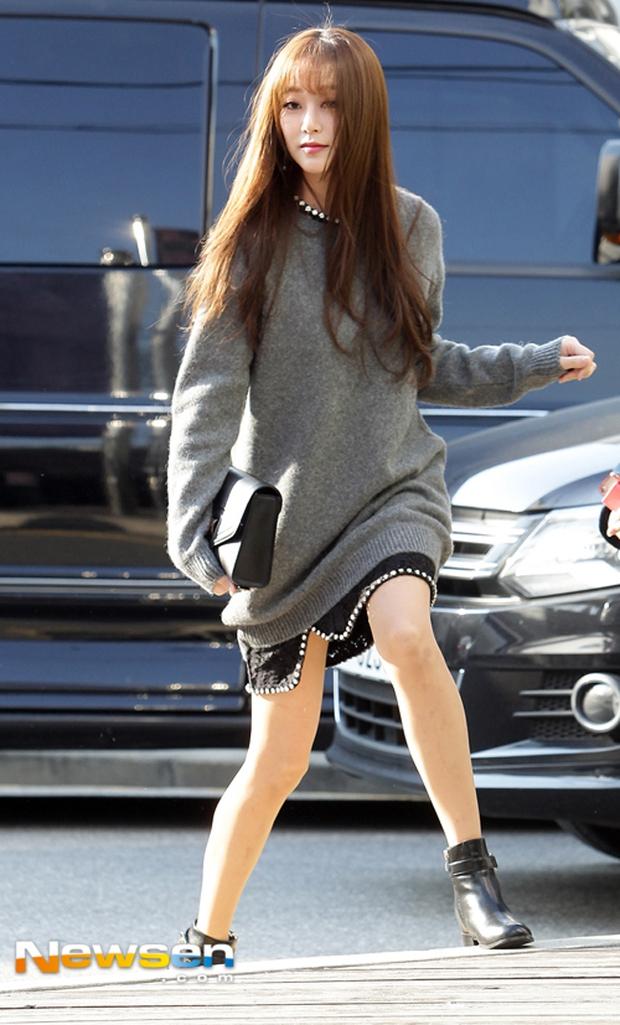 Cô trò Lan Khuê - Mai Ngô nổi nhất tuần qua với street style sành điệu trên đất Hàn - Ảnh 15.