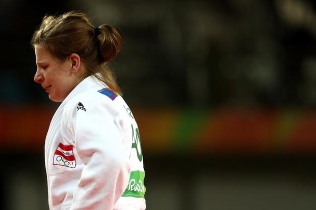 21 khoảnh khắc chạm đến cảm xúc của các vận động viên Olympic Rio 2016 - Ảnh 6.