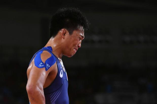 21 khoảnh khắc chạm đến cảm xúc của các vận động viên Olympic Rio 2016 - Ảnh 21.