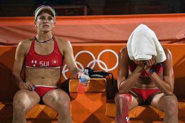 21 khoảnh khắc chạm đến cảm xúc của các vận động viên Olympic Rio 2016 - Ảnh 17.