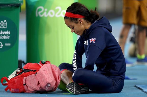 21 khoảnh khắc chạm đến cảm xúc của các vận động viên Olympic Rio 2016 - Ảnh 19.