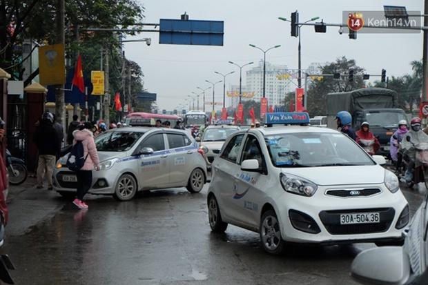 Ám ảnh tắc đường ở thủ đô những ngày giáp tết - Ảnh 8.