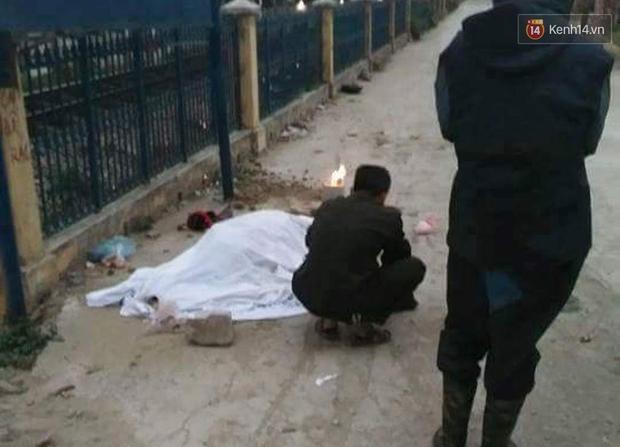 Hà Nội: Con dâu chở mẹ chồng băng qua đường sắt bị tàu tông tử vong - Ảnh 1.