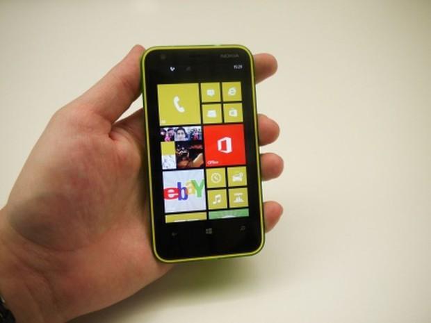 7 chiếc smartphone thuộc hàng thảm họa thiết kế - Ảnh 5.
